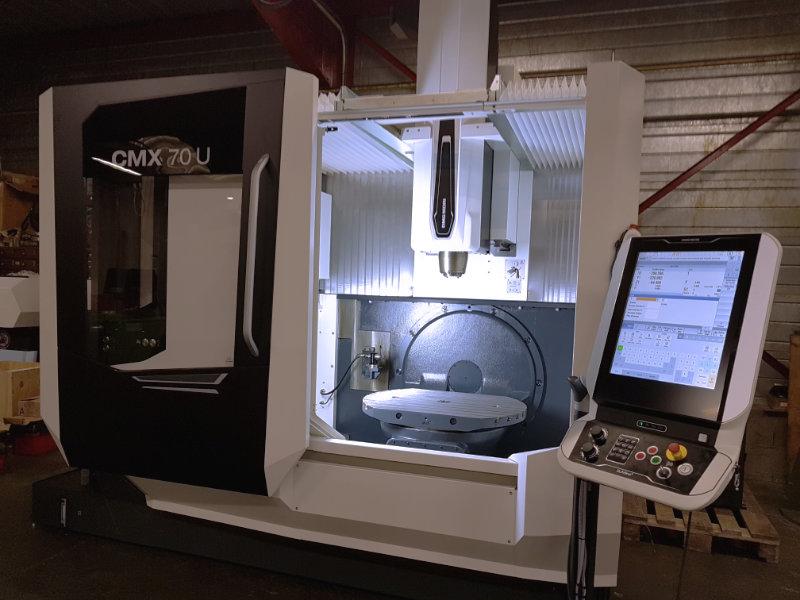 centre d'usinage DMG MORI CMX70U dernière génération chez SNS 42, usineur et mécanique générale sur Saint Etienne ( 42000 )